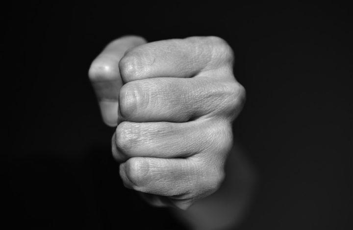 Fisting o fist fucking: ¿en qué consiste y por qué es tan popular?